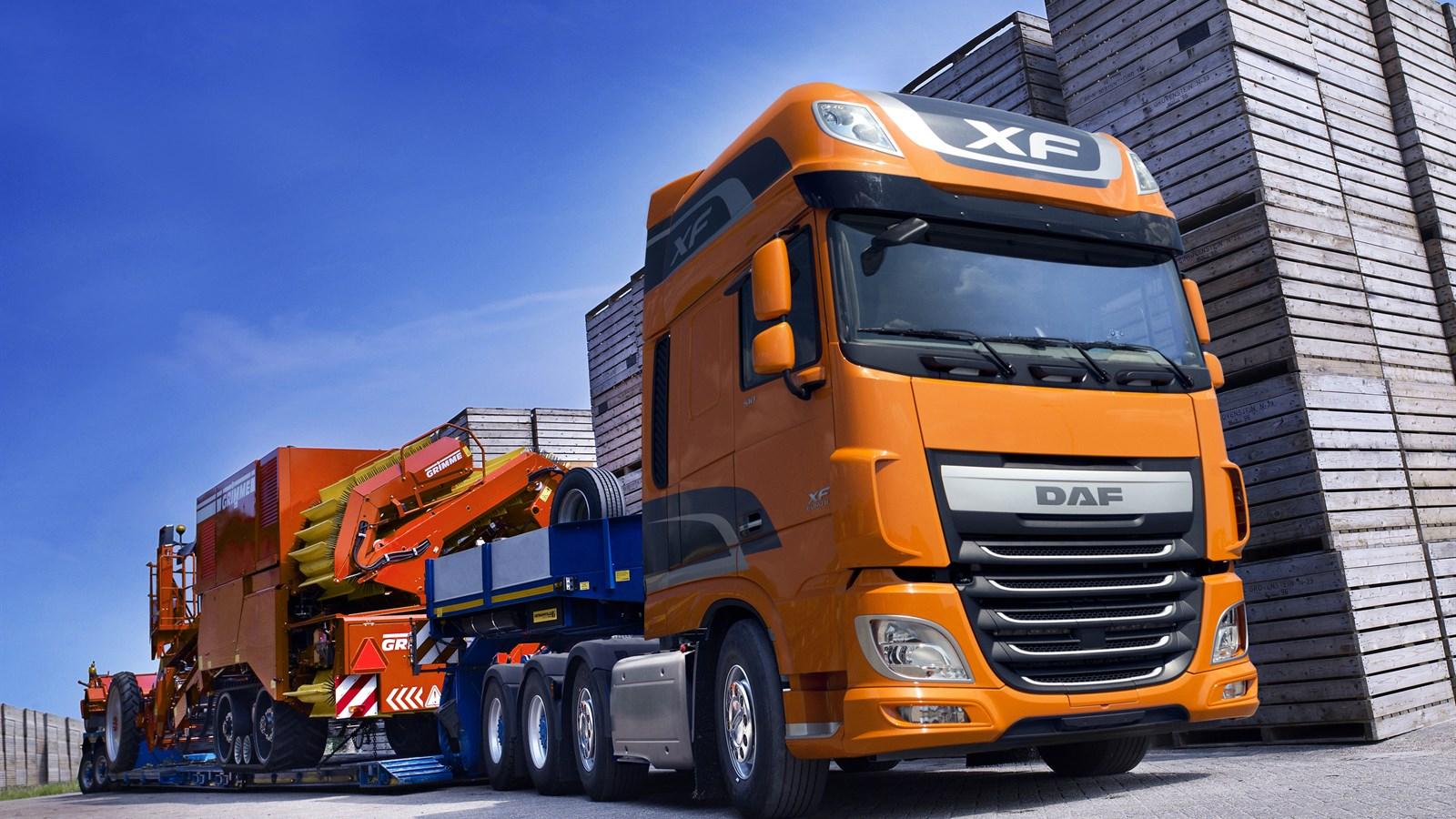 Daf XF 8x4 trucks euro 6 ftm 2017