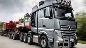 Mercedes benz actros 4163 slt 8x4 truck tractor transportation of oversized cargo new trucks besthqwallpapers com 1600x900